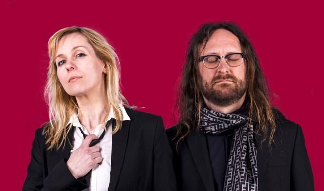 Het duo Cordon Rouge trapt zaterdag 13 oktober af met hun charmante frenchpop bij Museum Jan Cunen. Daarna is er tot 01.00 uur muziek op vijftien locaties, met vervolgens de afterparty bij de Groene Engel. Foto: kade104