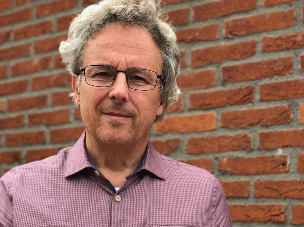 Ruud van Lent presenteert zijn boek