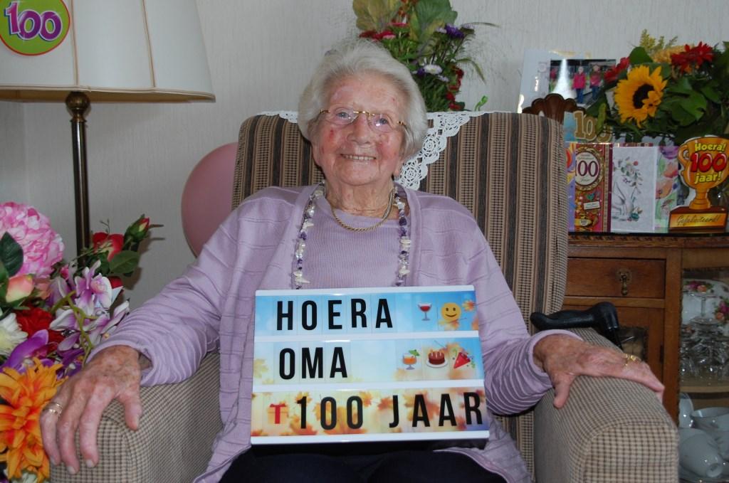 Mevrouw Meurs vierde 4 oktober haar honderdste verjaardag.   © Persgroep