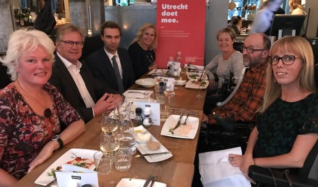 Twaalf restaurants in Utrecht lieten vrijdag tijdens het event 'Toegankelijk Uiteten' zien dat zij toegankelijk zijn voor iedereen.