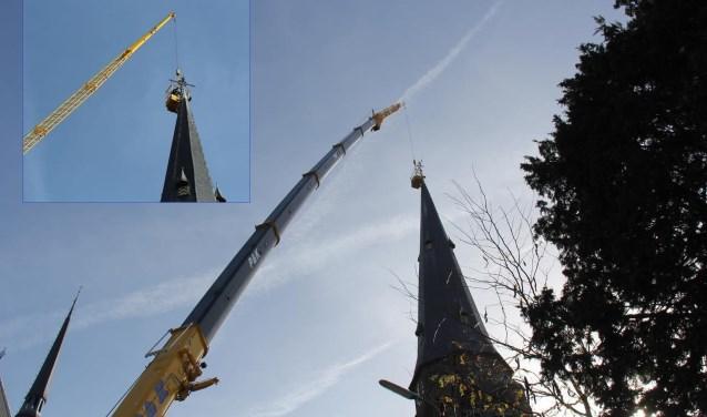 Leidekkersbedrijf Koenders gaat de torenspits restaureren.  Naar verwachting wordt de spits nog voor de winter teruggeplaatst.