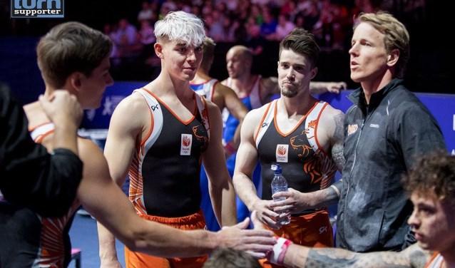 Toptalent Bram Verhofstad - tweede van links met het blonde haar - verheugt zich op het Turngala Brabant bij Maaspoort Sports & Events.