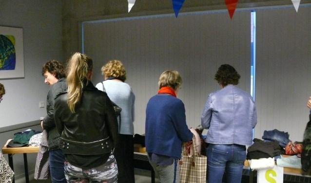 Kledingruil en modeshow in De Hangar, woensdag 31 oktober.