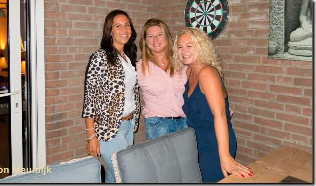 De organisatie, van links naar rechts Josephine Schot, Anita Viergever en Daniëlle van der Velde. FOTO: Ton Meuldijk