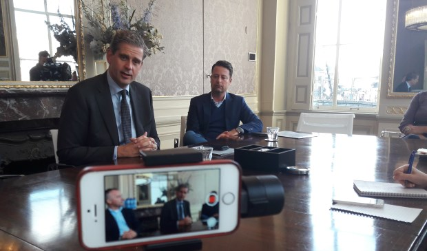 Burgemeester Wouter Kolff tijdens de persconferentie over The Passion.