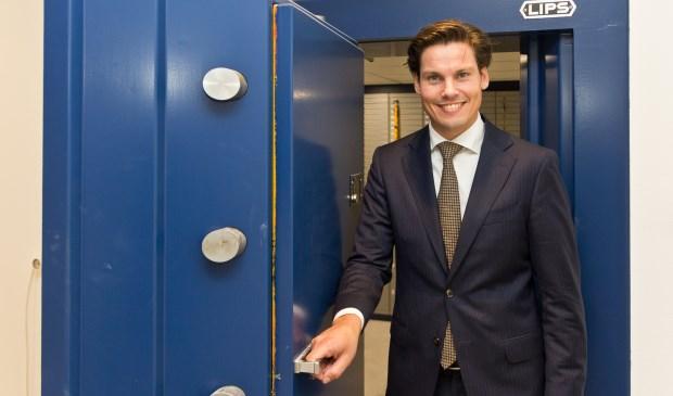 """""""Wij zien in heel Nederland al sinds een jaar of tien de trend dat banken stoppen met het aanbieden van kluisruimte"""" zegt Jaap Zeeuw van der Laan"""