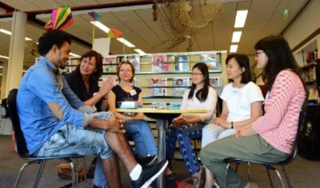 Dinsdag 4 oktober is er weer een Taalcafé in de bibliotheek van Veldhoven.