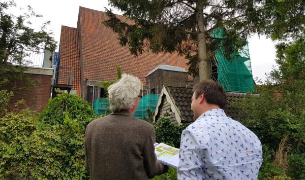 Direct omwonenden van de Turfmarktkerk wordt geadviseerd hun woning te verlaten. Foto: Marianka Peters