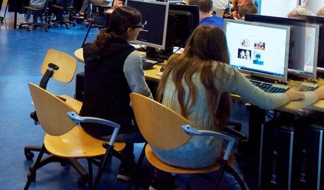 Leerlingen uit groep 8 kunnen tijdens de experience day bij verschillende vakken een kijkje nemen.