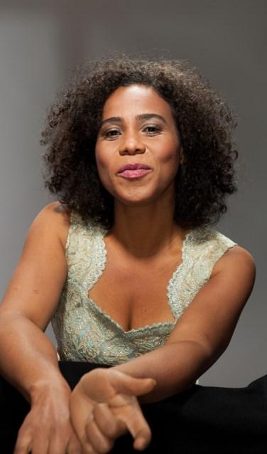 Lilian Vieira brak in Nederland door met Zuco 103. Ze brengt haar versie van de samba soul bij Jazz at Home. Foto: