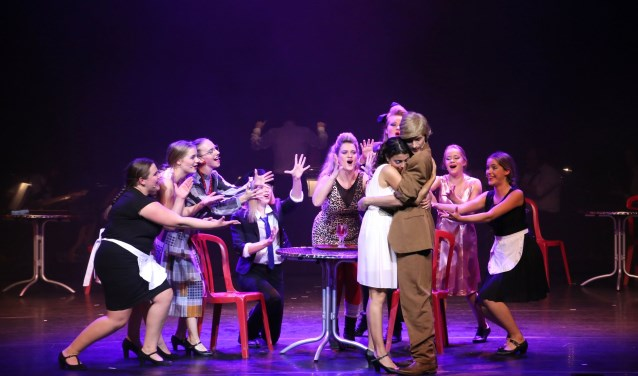 Musicalgroep Djemm! kan terugkijken op drie geslaagden uitvoeringen van de jubileumproductie The Weddingsinger. Foto: Eric Meuffels
