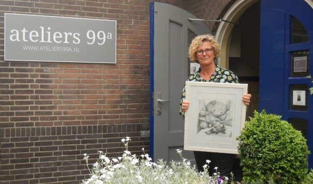 Joke Meijer toont tekeningen bij Ateliers99a