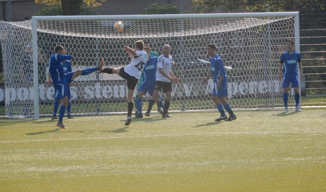 SV Capelle had geen kind aan VV Asperen en won met maar liefst 0-11.