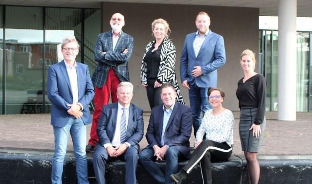 Het nieuwe bestuur van Het Punt. Foto: Allard Vaatstra
