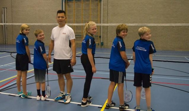Het jeugdteam met sponsor