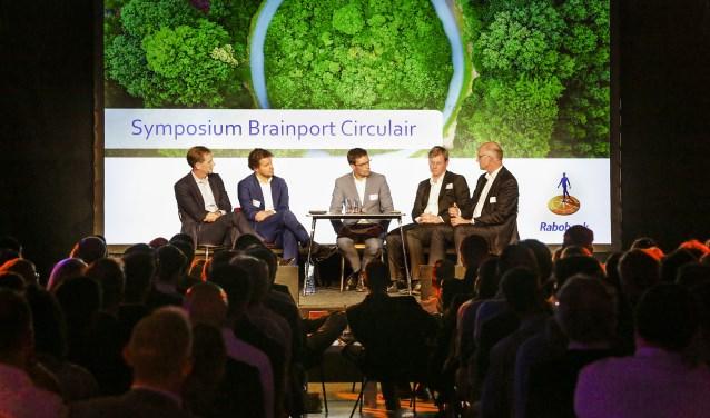Symposium Brainport Circulair, in het Klokgebouw in Eindhoven. (foto: Jurgen van Hoof).