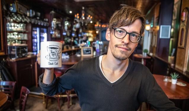 Justin Daems van Buro Ruis is mede-organisator van Death Café in het Vliegend Paard. (foto: Frans Paalman)