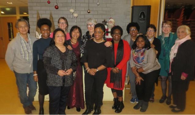 De zeventiende interculturele kerstviering van Safina op vrijdagavond 14 december aanvang 19.00 uur.