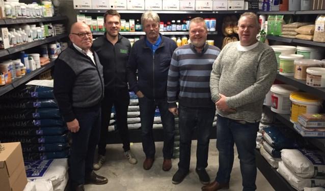 De kampioenen van 2018: van links naar rechts L.G.J.van Dijk, R.T.M.(Rick) te Morsche, M.Braakman, H.Scholten en J.E.D.Karsten. Foto: Luchtvermaak Wierden.