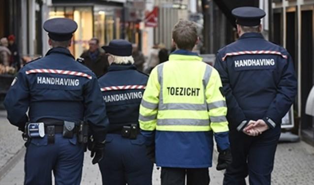 Politie en boa.