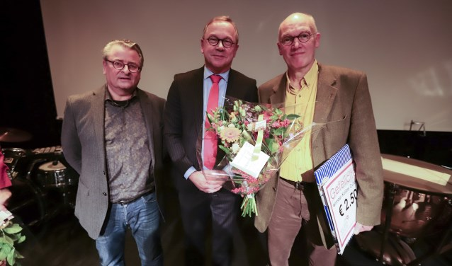 Henk Hage (rechts) is winnaar van de Kaliber Cultuurprijs 2018.