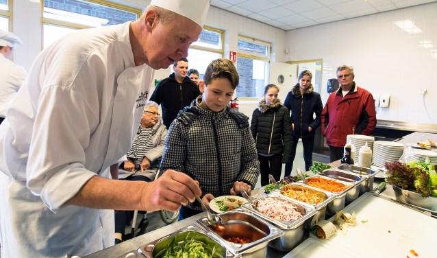 Tijdens de open dag op 18 november kun je ook letterlijk een kijkje in de keuken van de Rooi Pannen nemen.