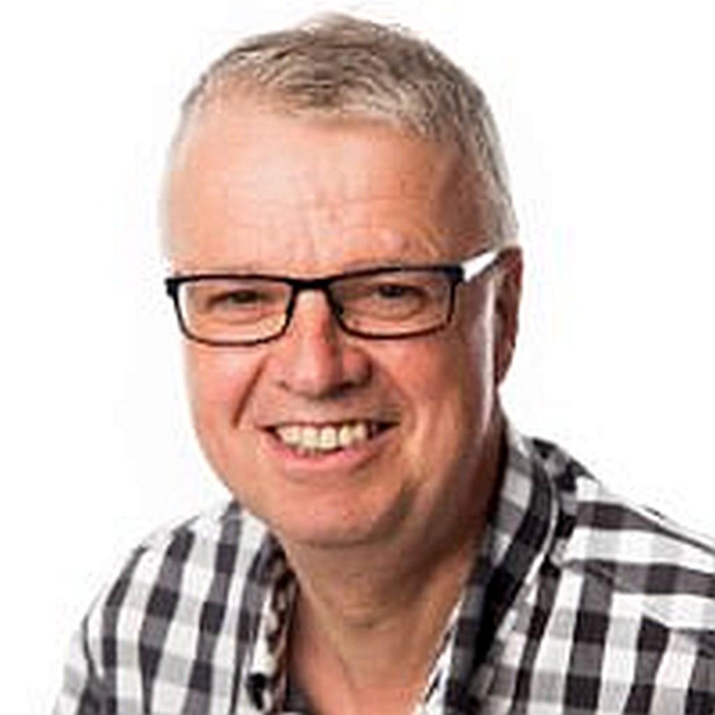 Tonny Morsink uit De Lutte verzorgt elke week het weerbericht voor Nieuwe Dinkellander aan de hand van een weerspreuk.  © Persgroep