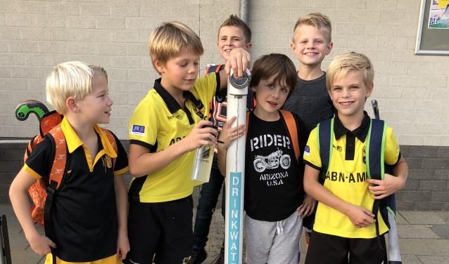 'Samen gezond in Deventer' begint met schoon drinkwater uit herbruikbare flessen. (foto pr)