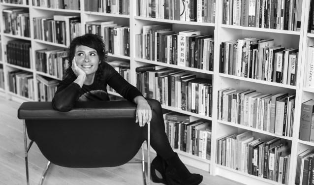 Belgische auteur Griet Op de Beeck trekt 2 uur uit voor de bibliotheek in Papendrecht op 16 december. Mis het niet.