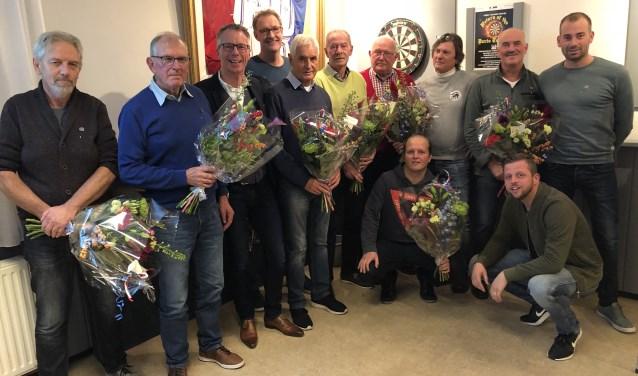 De jubilarissen van AJc'96 bijeen, met voorzitter De Vries. Tom Droste ontbreekt.