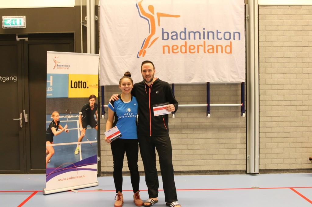 Winnaars Michiel Kruijt en Jaymie Laurens tijdens de prijsuitreiking