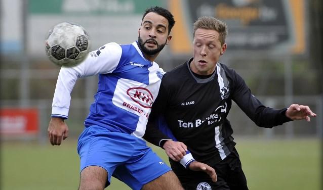 Ook Jurgen Siemerink van Enter Vooruit weet een nederlaag van zijn ploeg niet te voorkomen. Foto: Henk Pluimers.