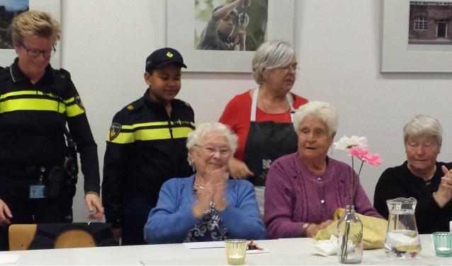 Met een goed gevulde maag en een hoofd vol goede ideeen gingen de senioren na afloop naar huis.