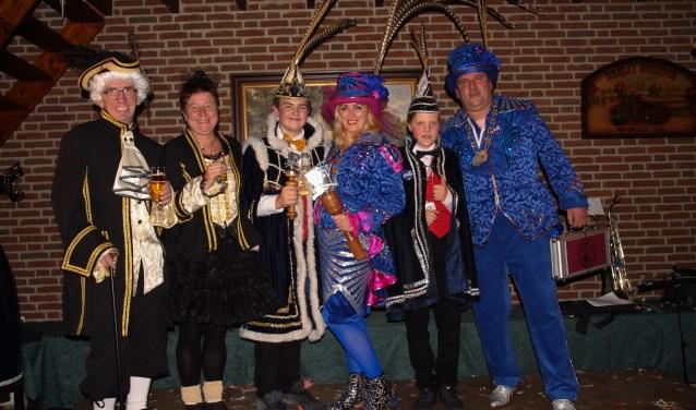 Carel en Wies van Bommel, Dylan Waterschoot, Linda Verberne, Thomas Balmer en Geert Brom.