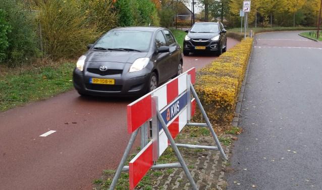Het idee om auto's eerder van het fietspad af te laten rijden zijn weer teniet gedaan.