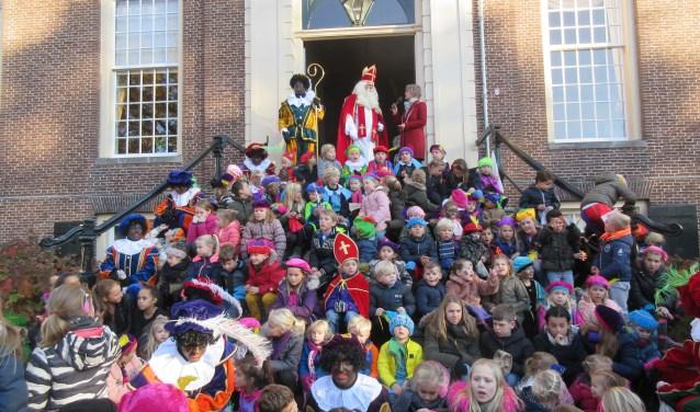 Sinterklaas en Pieten in Maarssen. Foto: Ria van Vredendaal