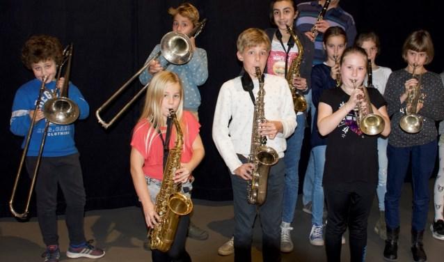 De Blazersklas geeft een concert in het Huis van Waalre
