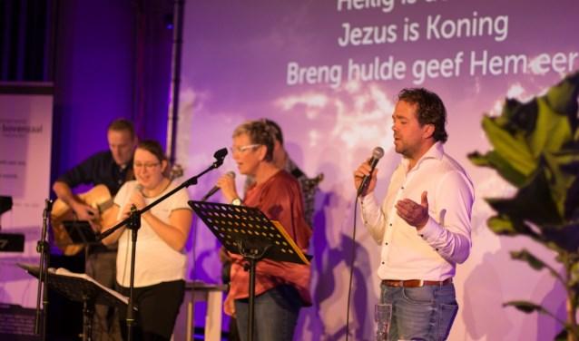 Christengemeente De Bovenzaal heet per 2 december 1LIFE.