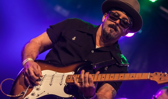 De Kid Ramos Blues Band ft. Big Pete speelde nog niet eerder in Europa. (Foto: Bert Lek)