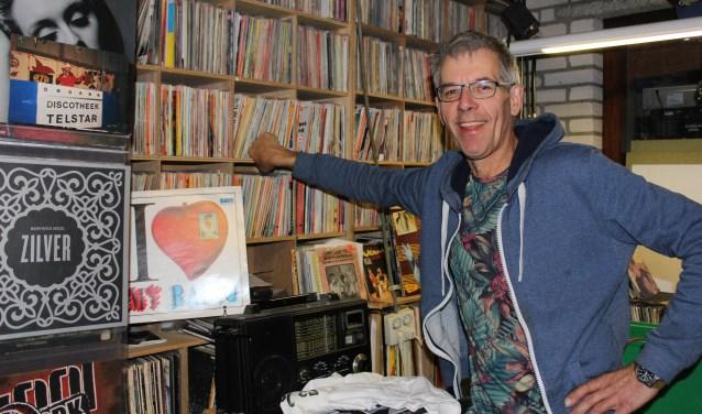 Muziek loopt als een rode draad door het leven van Ad Leeyen uit Vinkel. Hij organiseert momenteel Goud van Oud. Foto: Wendy van Lijssel