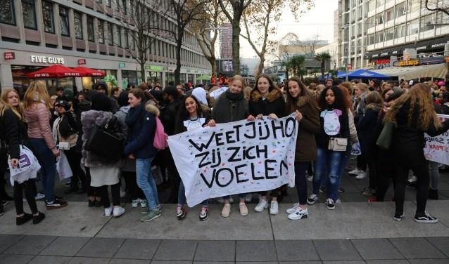 Studenten op het Stadhuisplein
