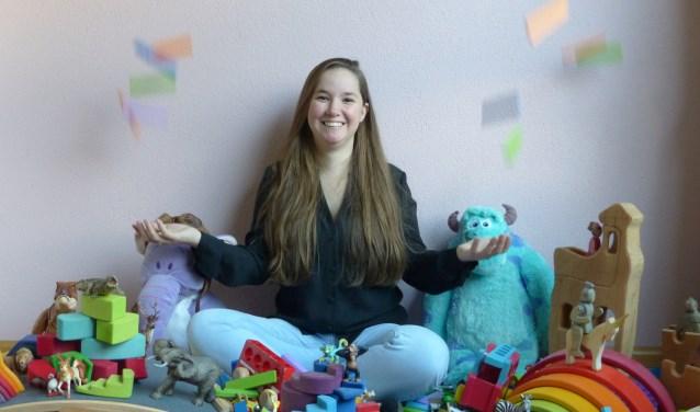 Lizzy Delhy, eigenaar van Duimelot Kinderkringloop, organiseert de eerste Recycle Sint Speelgoed Ruilmarkt in Breda.