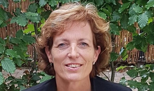 Mirjam Hulshof, ritueelbegeleider bij afscheid