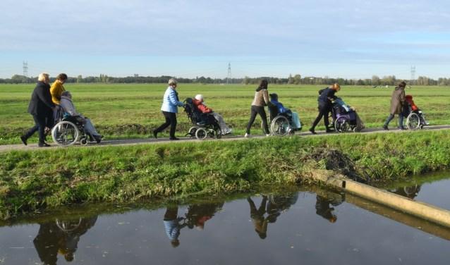 Rolstoelwandeling door de polder
