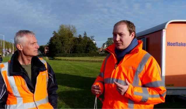 Wethouder Bal neemt vernieuwde Verkeersregelinstallaties in gebruik - Spijkenisse. Foto: Roel van Deursen
