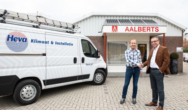 Aalberts Installaties heeft Heva Klimaat & Installatie uit Heerde ingelijfd. Zwier van der Weerd (rechts) en Mark Wittenhorst bezegelen overname.