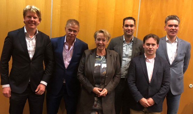 Herbert Bosch,Henk Poldermans, Marian Teer, Martijn Bakers, André Walvoort en Erik Baan.