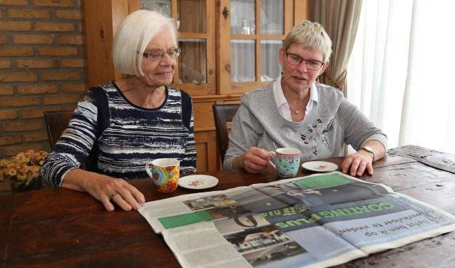 Marlie van de Ven en Annemarie Nijpels gaan activiteiten op zondag organiseren. (foto Marco van den Broek).