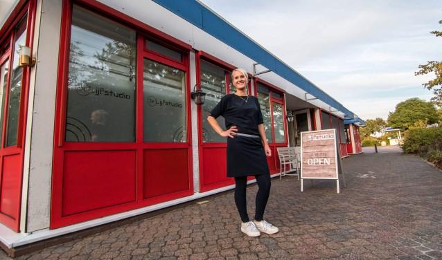 Simone de Vries voor de Lijfstudio.