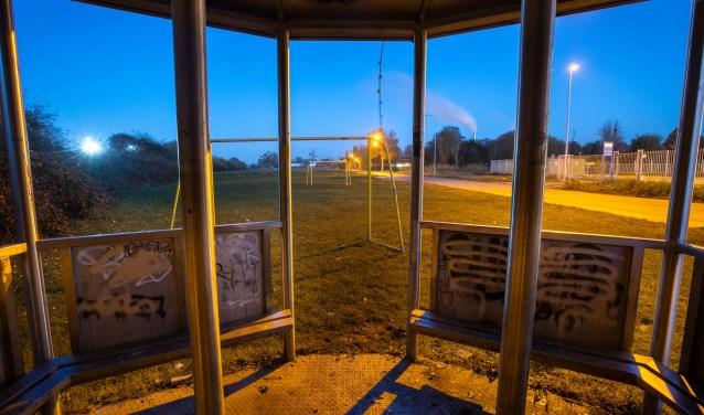 Stuk grond aan de Papesteeg uit te werken voor de woonvorm Anders Wonen. (Foto Jan Bouwhuis)